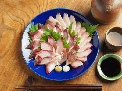 ボラの寿司酢締め刺身