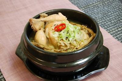 サムゲタン(삼계탕) -- 韓国の夏のスタミナ料理