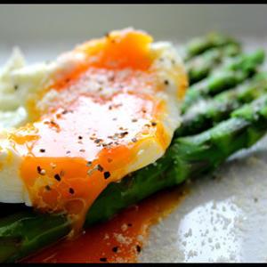 新鮮アスパラはシンプルに「茹で&お好みソース」で食べるのがベスト!