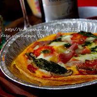 +*卵生地で簡単ピザ+*バジルソース