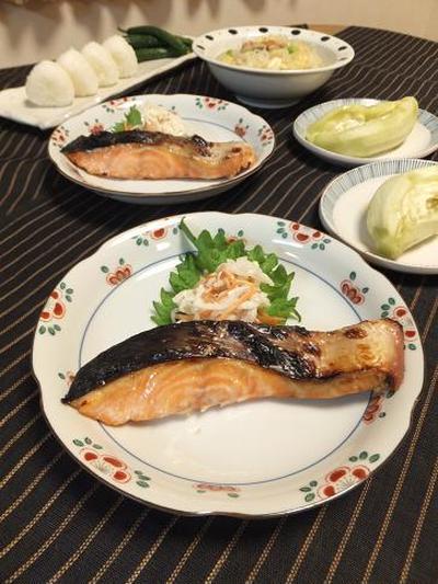 時鮭を即席塩麹漬けに♪蒸し茄子とぬか漬けリセット。