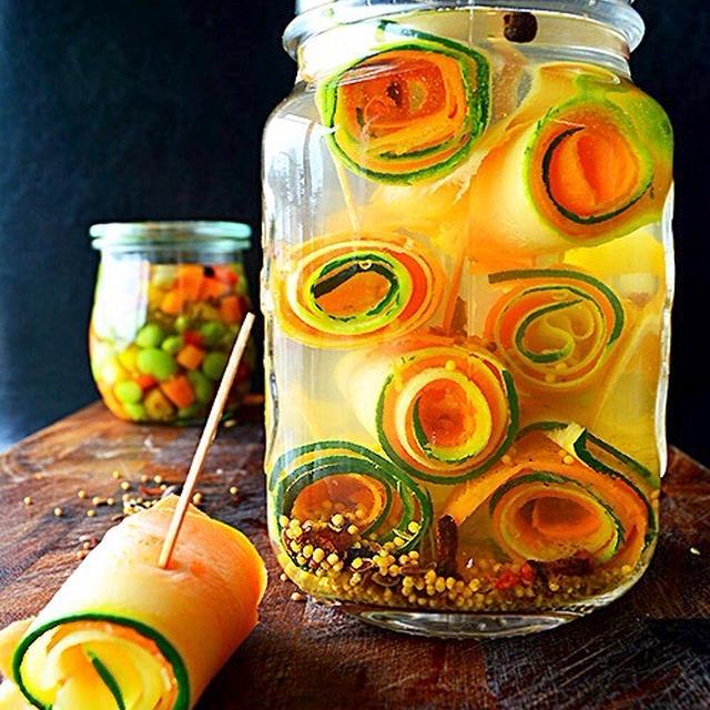 ズッキーニと人参のぐるぐるピクルス  pickles  マリネ