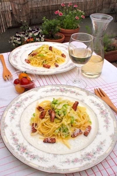 時短調理でも旨みとコクが魅力!キャベツとベーコンを使ったパスタレシピ7選