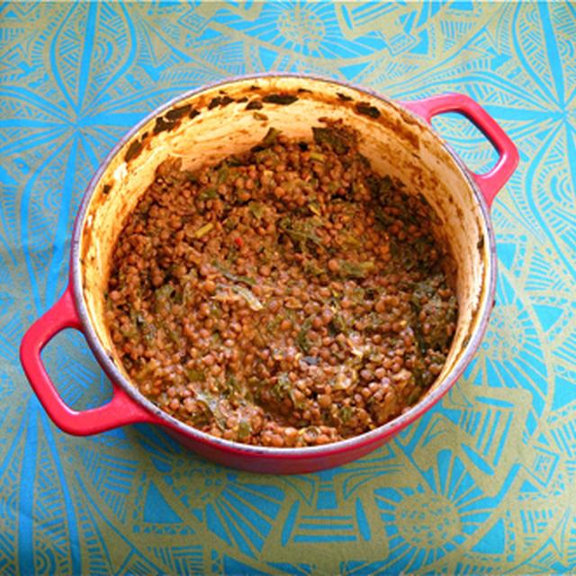 レンズ豆とほうれん草のカレー。