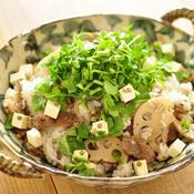 レンコンと牛肉の混ぜご飯ペパー風味
