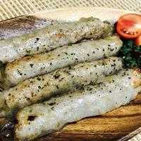 おうちでご飯☆ライスペーパーソーセージ&豆腐と鱈のサラダ。