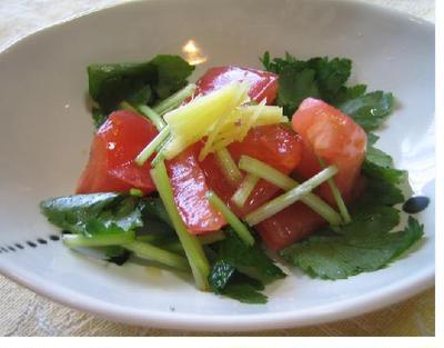 秋の空に負けない爽やかミツバとトマトのあっという間小鉢