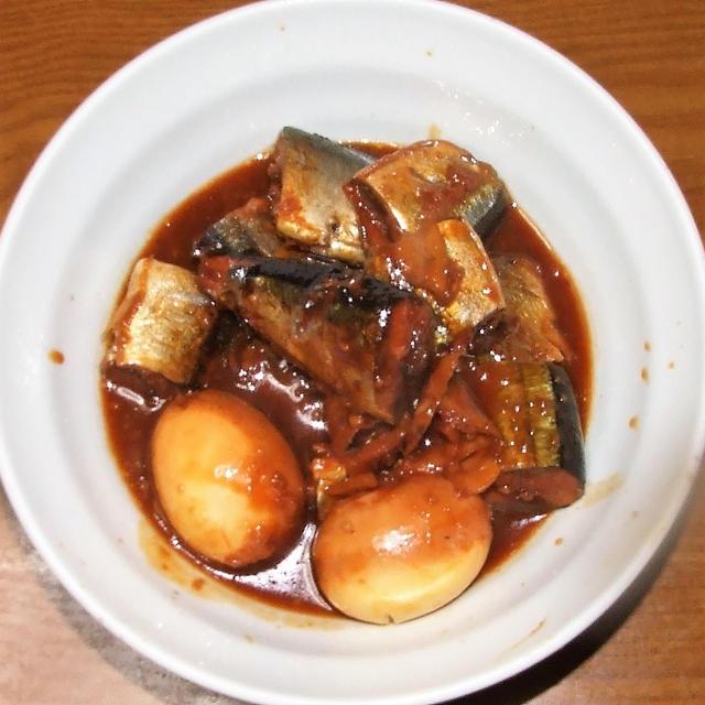 サンマの味噌味こってり煮&カリフラワーとベーコンのスパイス醤油炒め