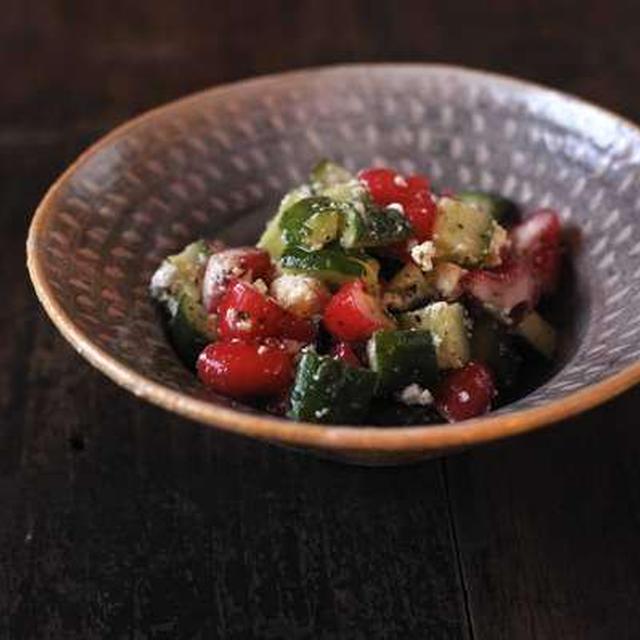 (まかない)レンブときゅうりのギリシャ風サラダ