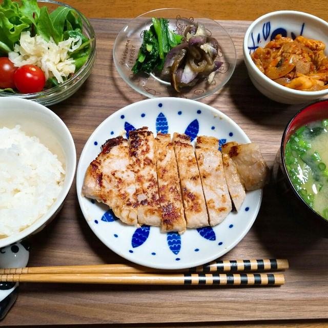 茄子のナムルと小松菜のナムル