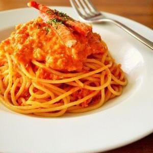 トマトの酸味とクリームのコク!「トマトクリームパスタ」レシピ