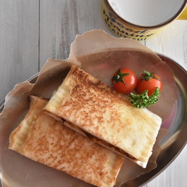 食パンで♪カレーパン風ホットサンド