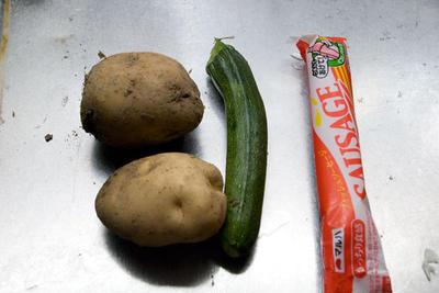 ジャガイモとズッキーニの春巻き