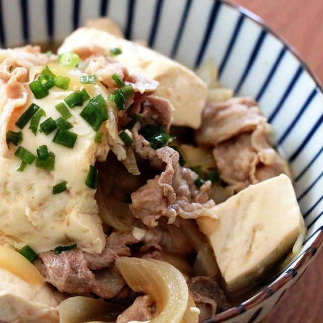めんつゆだけで♪簡単すぎるお手軽肉豆腐