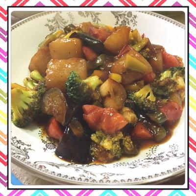 大根の煮物をリメイク!豚肉の代わりに大根の煮物を使った酢豚風野菜炒め(レシピ付)