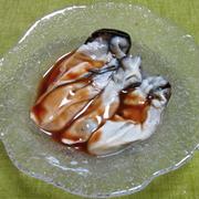 生牡蠣とピリ辛ソース