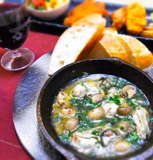 牡蠣とマッシュルームのアヒージョ & 炎のキャンドルツリー