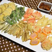 ミニパプリカのエビのすり身詰め揚げ。プリプリが詰まったかわいい天ぷら。