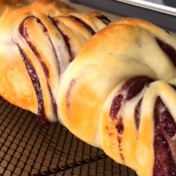 ブルーベリーうずまきちぎりパン