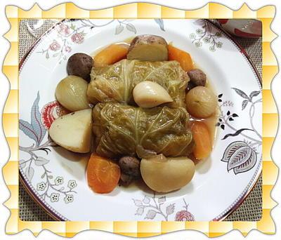 春キャベツで作る野菜たっぷりロールキャベツ