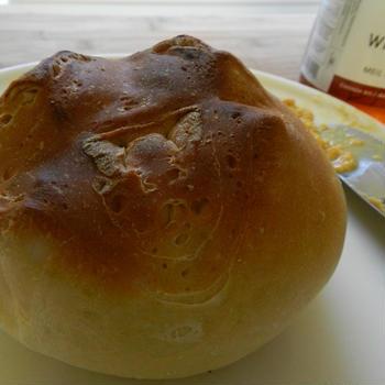 ホワイトブレッド-white bread-