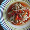 レンジで2分!鶏むね肉と赤パプリカとミントのベトナム風マリネ