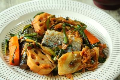 さんまと野菜のキムチ煮