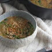 寒い朝にガツンと、簡単ヘルシー「豆苗と春雨の坦々スープ」♪