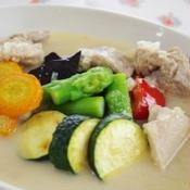 夏野菜の☆白いスープカレー