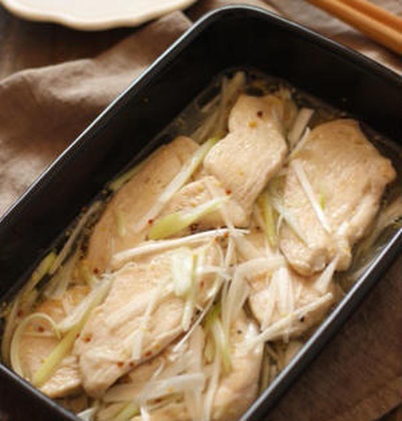 しっとり柔らか♪作り置きにおすすめの「鶏むね肉のマリネ」レシピ