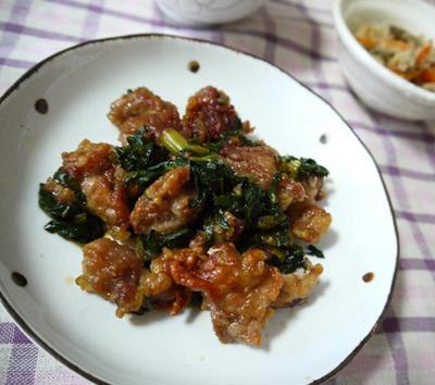 カリカリ豚の小松菜ソース
