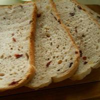 ホームベーカリーで簡単!くるみとクランベリーのパン