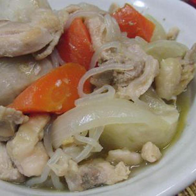 里芋と鶏ももで♪ 塩麹肉じゃが風煮