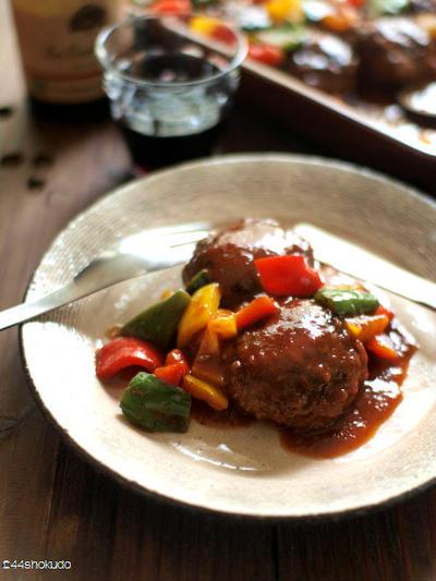 詰めなくても、ピーマン肉詰め風味。