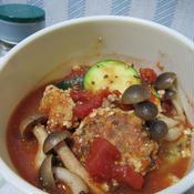 鯵のつみれ団子のトマトソース煮