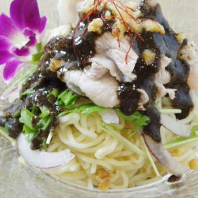 豚しゃぶのサラダ黒ゴマ麺 (^O^)/