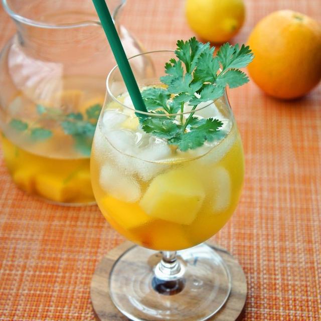 冷凍フルーツで簡単♪トロピカルビネガーウォーター