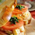 【自家製山食パンdeトーストサンドの朝ご飯】オニオンチーズスープ/野菜炒め/デザート付きです♪