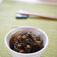 生姜風味でさっぱり☆簡単に作れるひじきの煮物