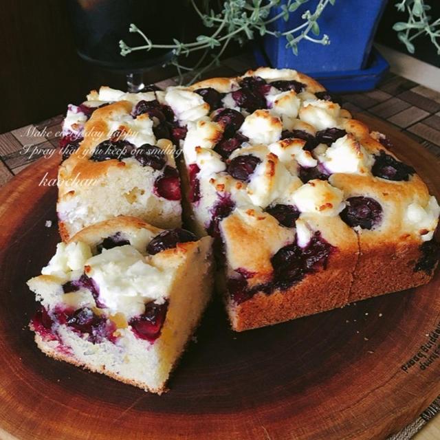 HMで*オーブンまで5分!*ふんわりブルーベリーとクリームチーズのケーキ