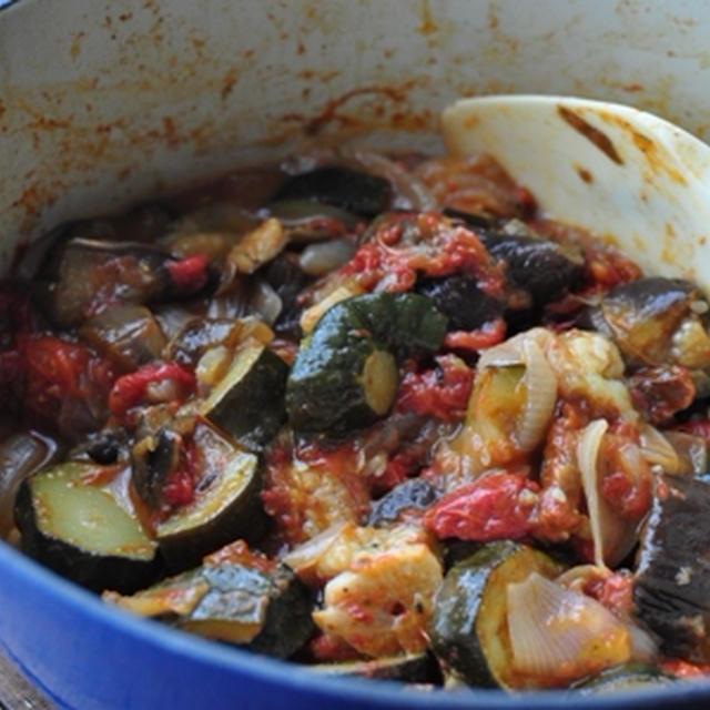 トマトで南仏風 野菜の煮込み ラタトゥイユ & シンプル焼きトマト