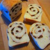 シナモンシュガーレーズンのミニ食パン