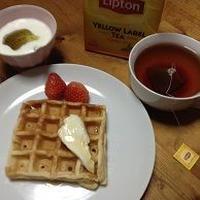 朝の紅茶と朝食