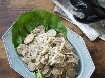 >秋の味覚と根菜で繊維たっぷり|ダイエットにも良いかも?|【サラダごぼうと新ショウガのサラダ】 by SHIMAさん