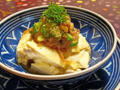おぼろ豆腐をトッピングで美味しく
