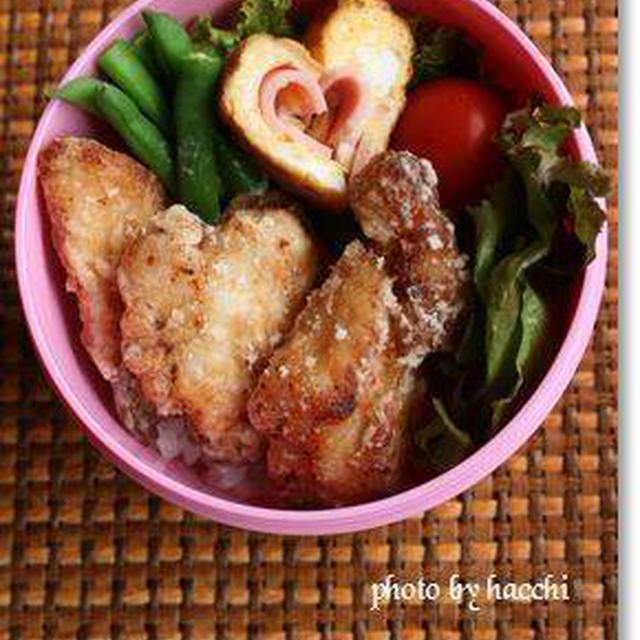 チキンタツタ&ハートの卵焼き