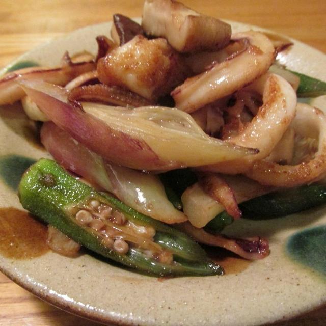 【旨魚料理】ヤリイカと茗荷の黒酢炒め