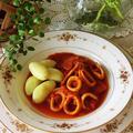 レシピ*イカのトマト煮込みバターポテト添え