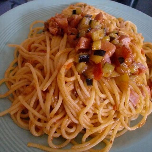 早ゆでパスタで茄子入りミートスパゲティ♪