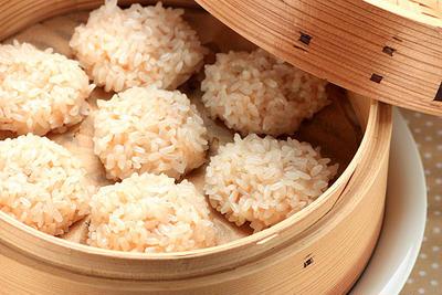 えび団子のもち米しゅうまい
